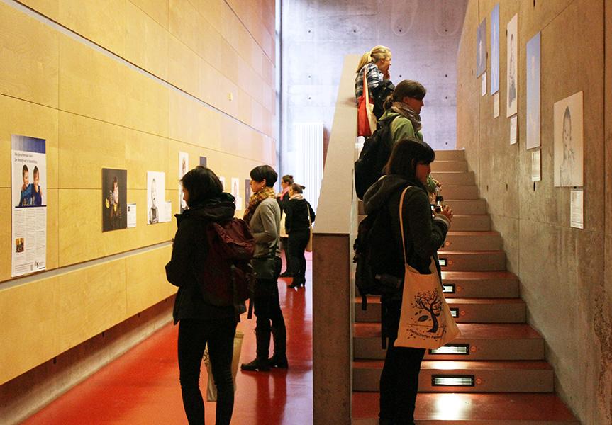 Gäste bei der dbs-Ausstellung