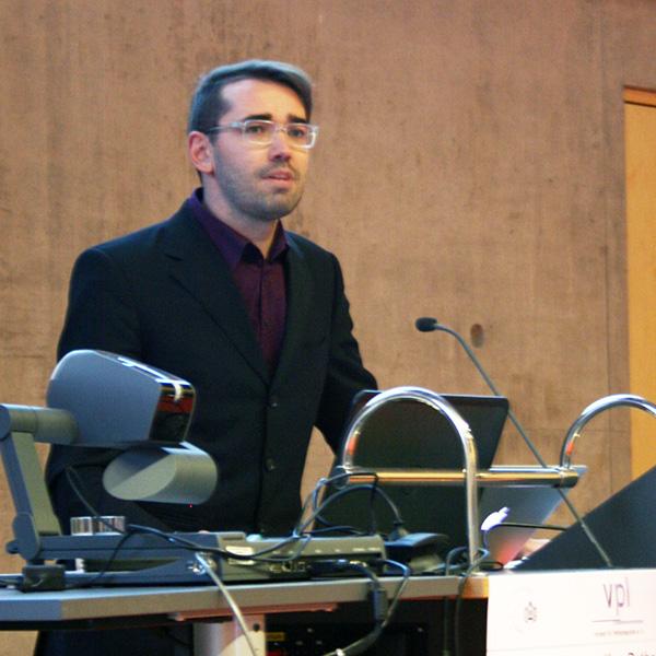 Prof. Dr. Michael Wahl beim Vortrag
