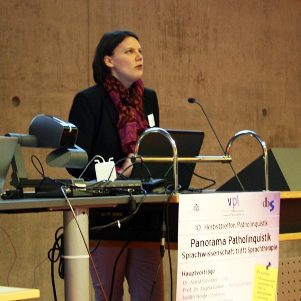 Judith Heide beim Vortrag